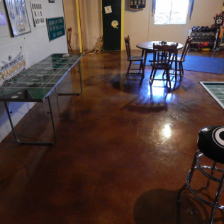 acid staining concrete floors in green bay, wisconsin